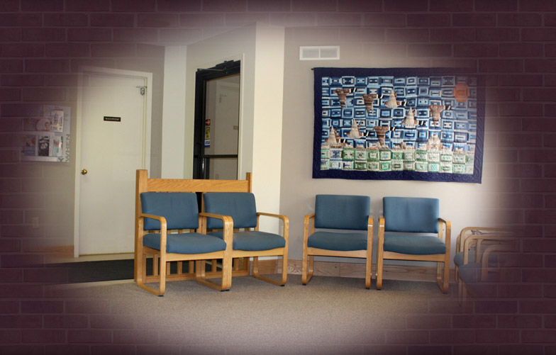 maitlandfamilydental-waitingroom1